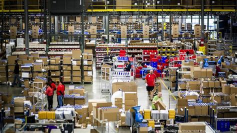 Radial plans to hire 3,750 holiday workers for Louisville