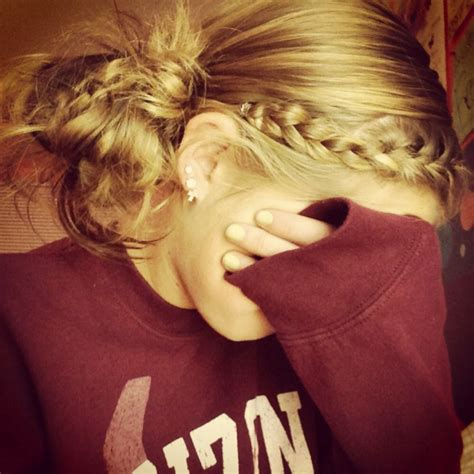 6 Creative Lazy Hairstyles | Her Campus