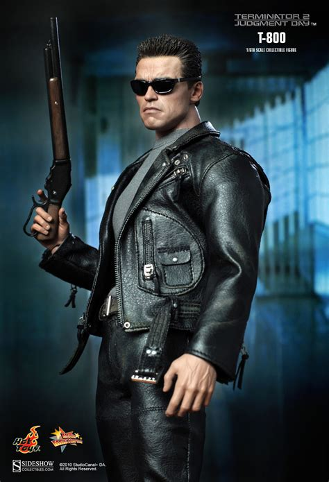 Hot Toys MMS 117 – T 800 Terminator 2 Judgement Day Arnold