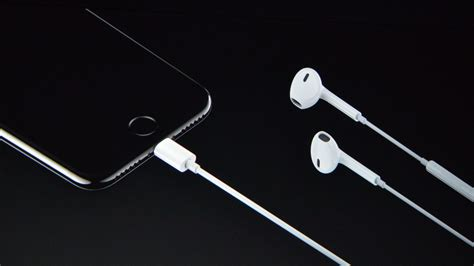 Lightning earbuds will come with the iPhone 7 - The Verge