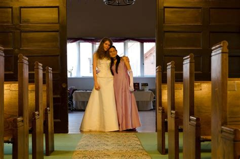 Transgender weddings: where are all the MTF and transfem