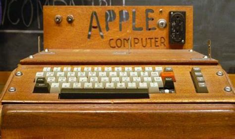 Apple's first home computer expected to smash £300,000