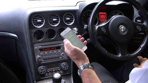 Syncing an iPhone to the Blue & Me System in an Alfa Romeo